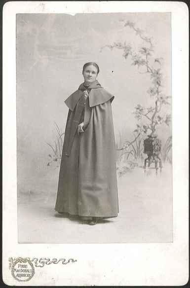 [Sister Emma Jane Neale Wearing a Cloak, Front View], Mount Lebanon, NY, ca. 1900. 1951.4235.1