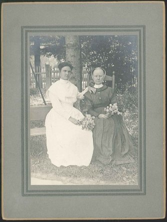 Photograph, Sister Lillian Barlow [right] and Margaret Eggelson, ca. 1900, Shaker Museum | Mount Lebanon 1960.12636.1